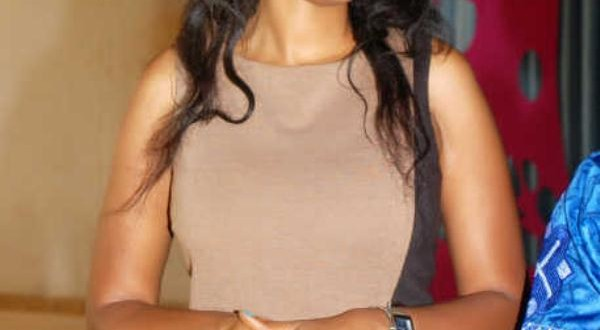 Sultry Actress, Princess Chineke Visits UNIBEN, Pays School Fees Of 11 Students