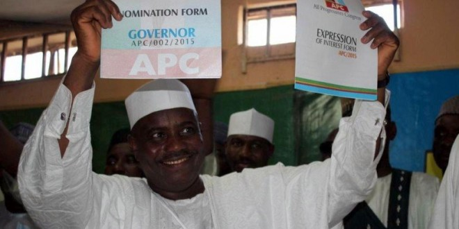 Tambuwal receives 2,400 PDP defectors in Soko State