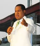 Pastor Chris Oyakhilome criticized for taking N1,000 Gate Fees from Worshippers to Attend Cross-Over Service