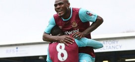 Emmanuel Emenike scores twice as West Ham down Blackburn