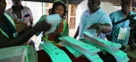 INEC-officials-with-ballots-paper-504x336
