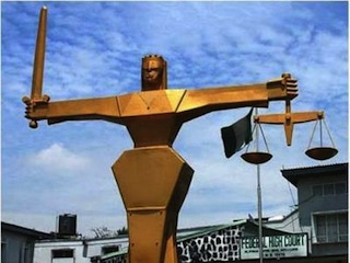 Murder: court remands suspect in prison custody