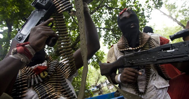Niger Delta militants blow up Chevron oil facility